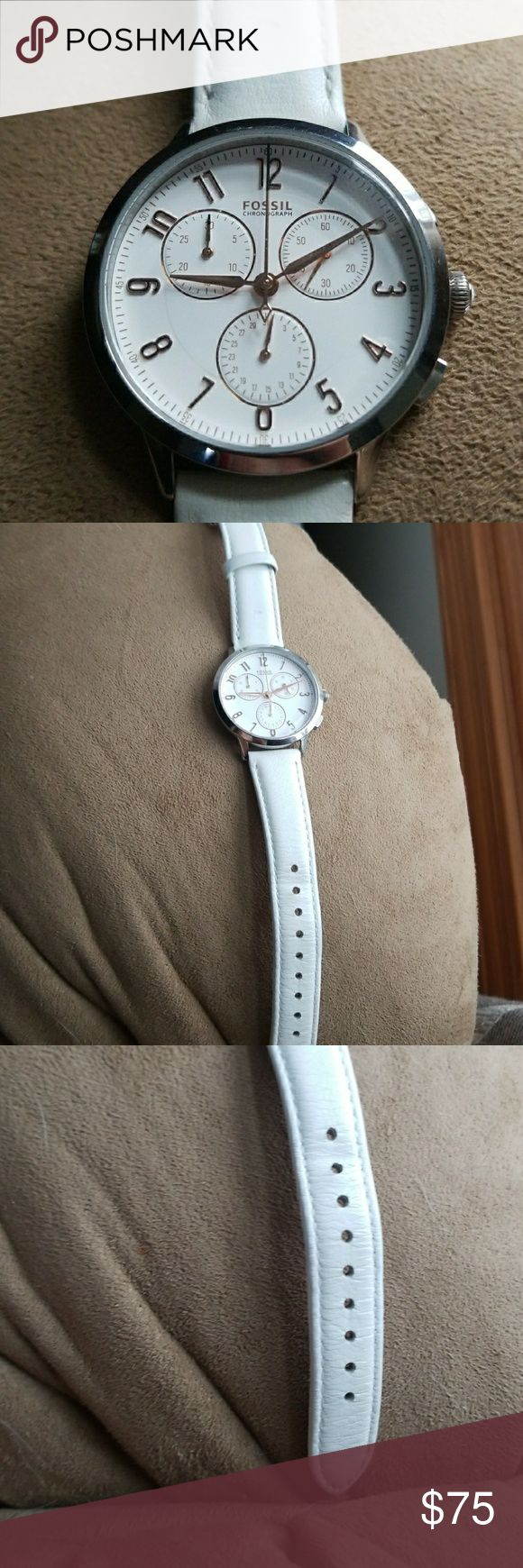 Women's Fossil Chronograph White Watch Chronograph White Watch, tells day, time and second. Fossil Accessories Watches