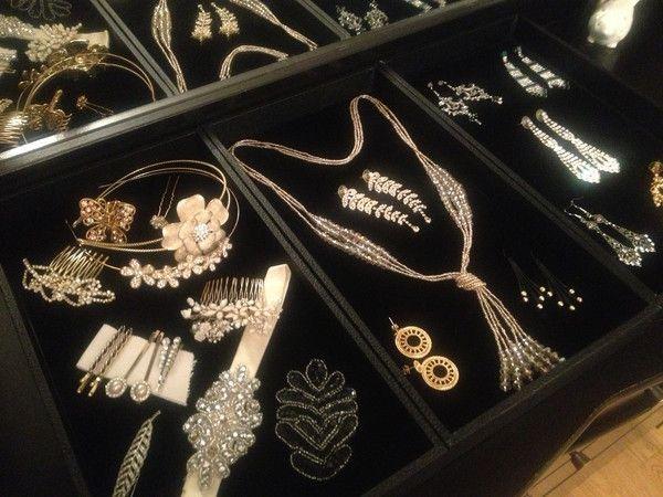 Cream, Gold & Black with a Pinch of Gatsby Glam - DIY Jewellery Display | Castellammare Jewellery #Blog post on #DIY jewellery display