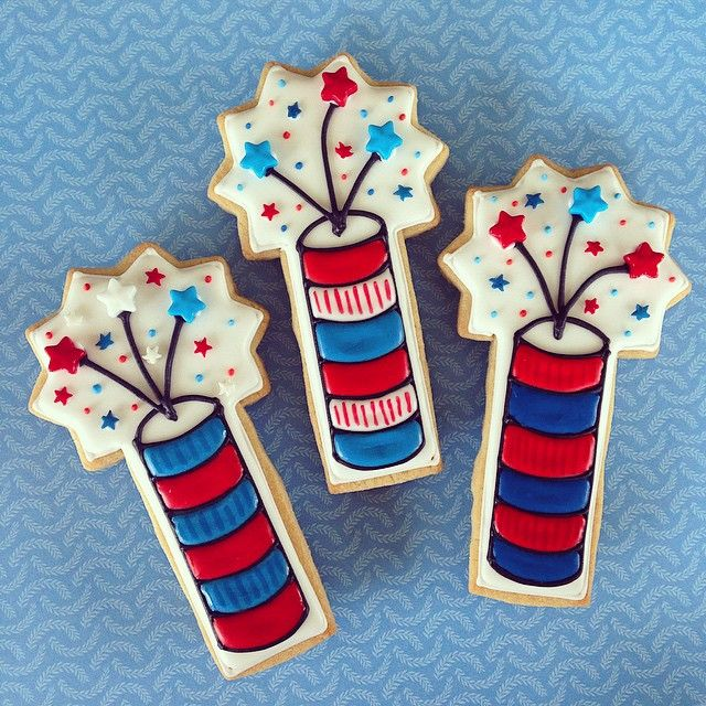 Firecracker cookies!#cantgethurtwiththese #happy4th #independenceday #firecracker