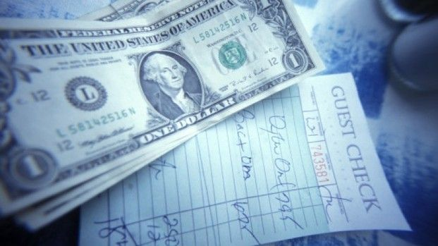 This one-time server sees 2 challenges to no-tipping policies