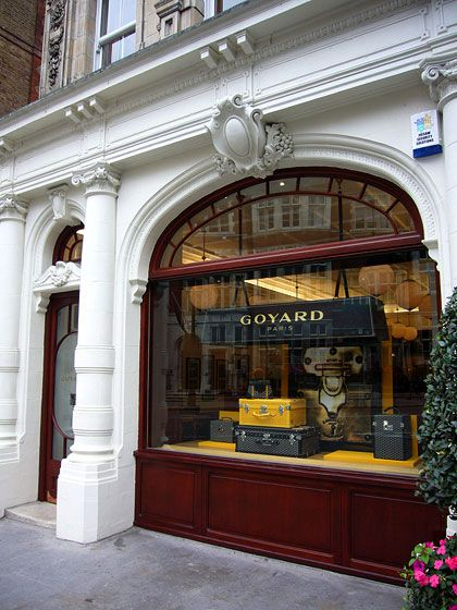 Paris: Maison Goyard, fine luggage
