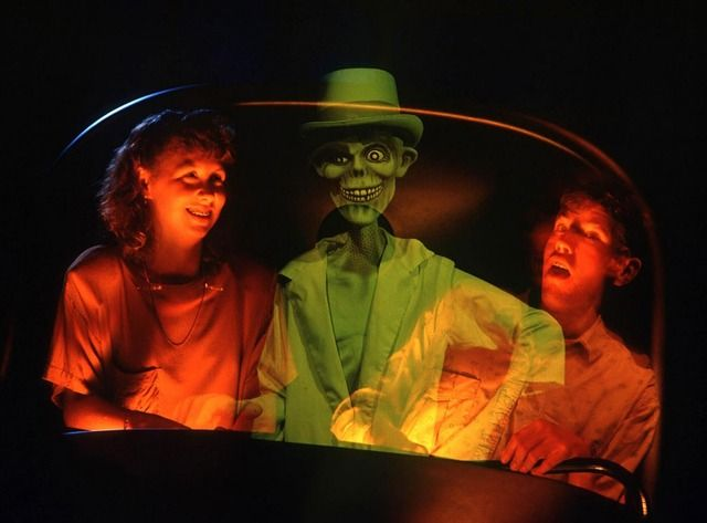 My favourite effect inside the Haunted Mansion - hitchhiking ghosts!