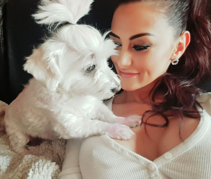 Amikor egy angyalka szól hozzám, én figyelek. 💜 Ő a legédesebb Mézeskalács   #Mézeskalács #kutya #cukiság #hűség #állatbarát #gazdi
