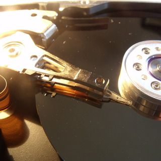 GEEK-TO-YOU: How to take apart a hard-drive (humor included)