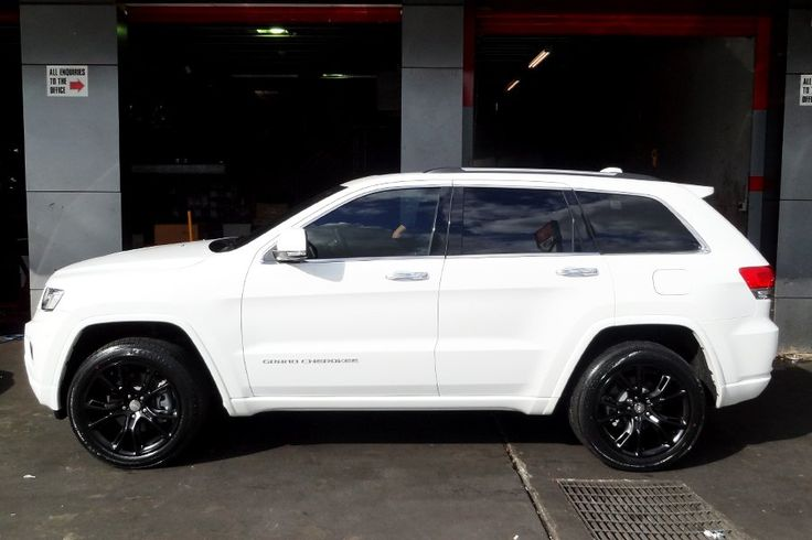 JEEP GRAND CHEROKEE | 20x10 SRT8 Spider Monkey SB