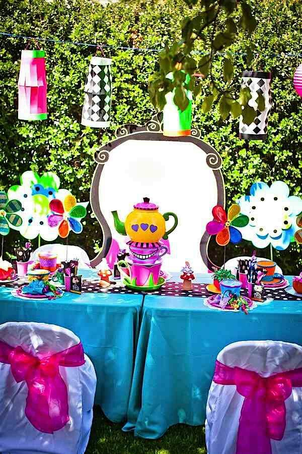 mad hatter teparty invitations pinterest%0A Mad Hatters Tea Party  complete with massive Mad Hatters Hat  croquet   giant sized playing cards and more  Always looking for more unbirthday party  ideas