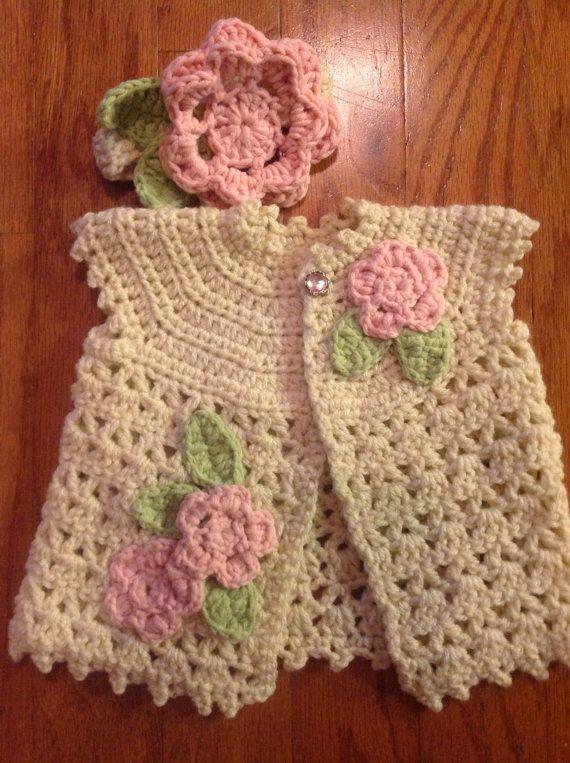 Ganchillo suéter de bebé, venda, y Mary Jane botines con flores y Bling 0 a 3 meses