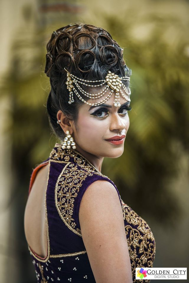💄Dazzling Bridal Looks! Photo by Golden City Digital Studio, Amritsar #weddingnet #wedding #india #indian #indianwedding #weddingdresses #mehendi #ceremony #realwedding #lehenga #lehengacholi #choli #lehengawedding #lehengasaree #saree #bridalsaree #weddingsaree #indianweddingoutfits #outfits #backdrops #groom #wear #groomwear #sherwani #groomsmen #bridesmaids #prewedding #photoshoot #photoset #details #sweet #cute #gorgeous #fabulous #jewels #rings #tikka #earrings #sets #lehnga