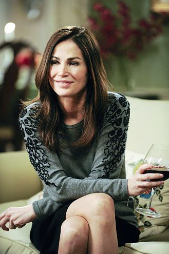 Kim Delaney ♥ her acting amazes me.