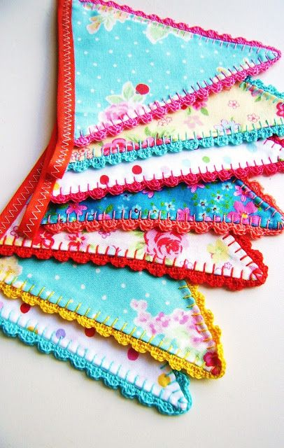 Inspiration: crochet border bunting by Silly Old Suitcase.
