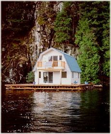164 best images about gambrel mansard roof dwellings on for Gambrel roof cabin plans