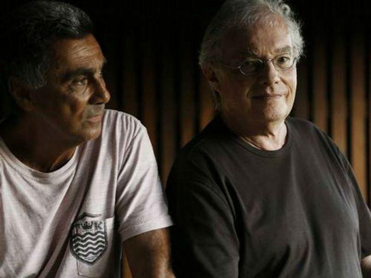 """Francis Hime e Guinga, dois expoentes da canção popular brasileira, lançam o disco """"A Ver Navios""""  no Sesc Pompeia, dias 29 e 30 de junho, às 21h e 19h respectivamente. Os ingressos custam R$ 24."""