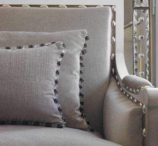Collection Eolia -  Tissu à l'aspect chatoyant créé par une finition moirée contemporaine typiquement française.