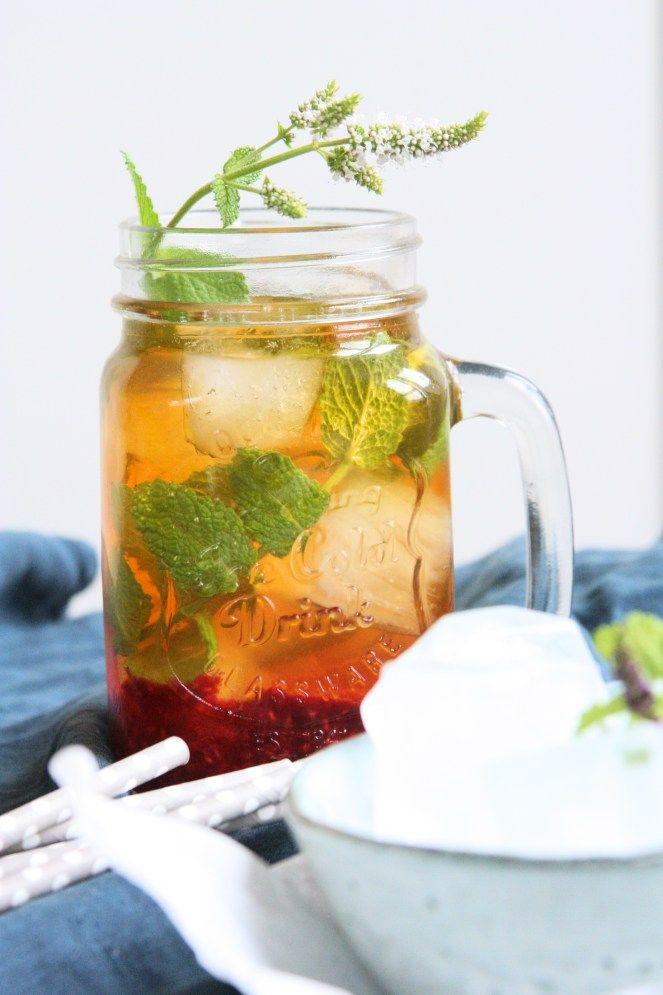 Rooibos ice tea with raspberries / Ledový rooibos s malinami