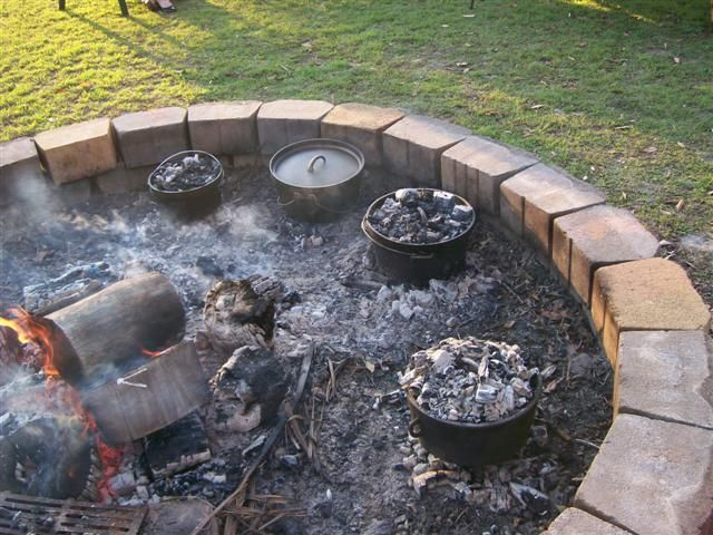 Dutch Oven Fire Pit