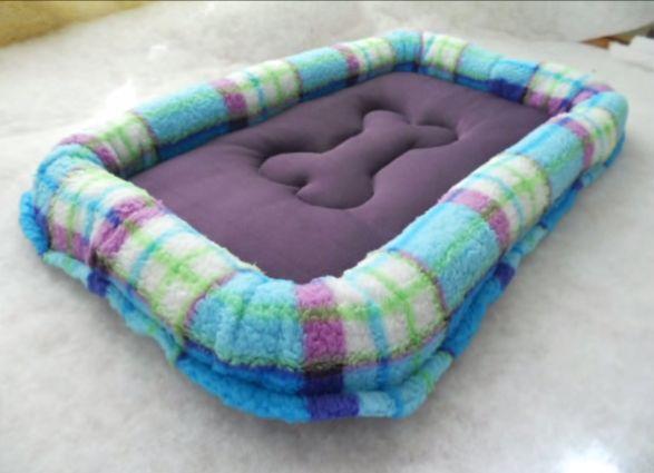 Manualidades en la Web: Como hacer una cama para perro decorada con un Hue...