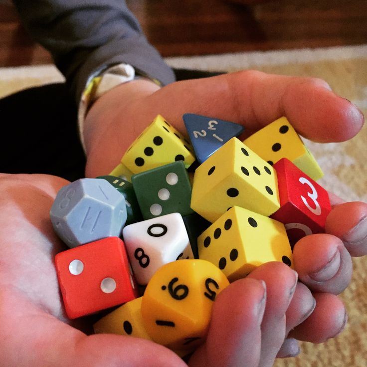 3 fun dice games to play in Spanish!