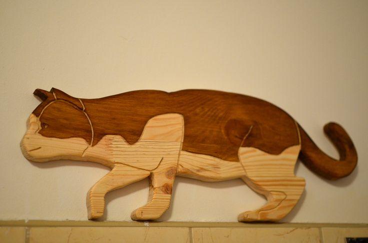 Skradający się kot z drewna. w Hobo_Pila na DaWanda.com