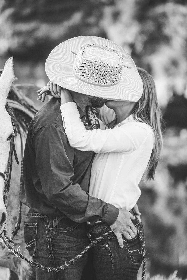California Cowboy Engagement Photography, Ranch, Western, Rustic, Horse - Lyndsey Garber Photography
