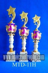 Harga Piala Trophy di Surabaya Jual Trophy Piala Penghargaan, Trophy Piala Kristal, Piala Unik, Piala Boneka, Piala Plakat, Sparepart Trophy Piala Plastik Harga Murah