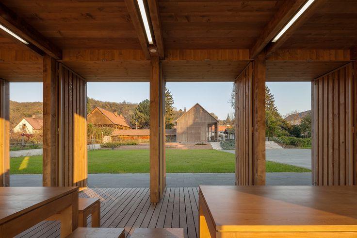 Gemeindezentrum in Ungarn / Plan B - Architektur und Architekten - News / Meldungen / Nachrichten - BauNetz.de