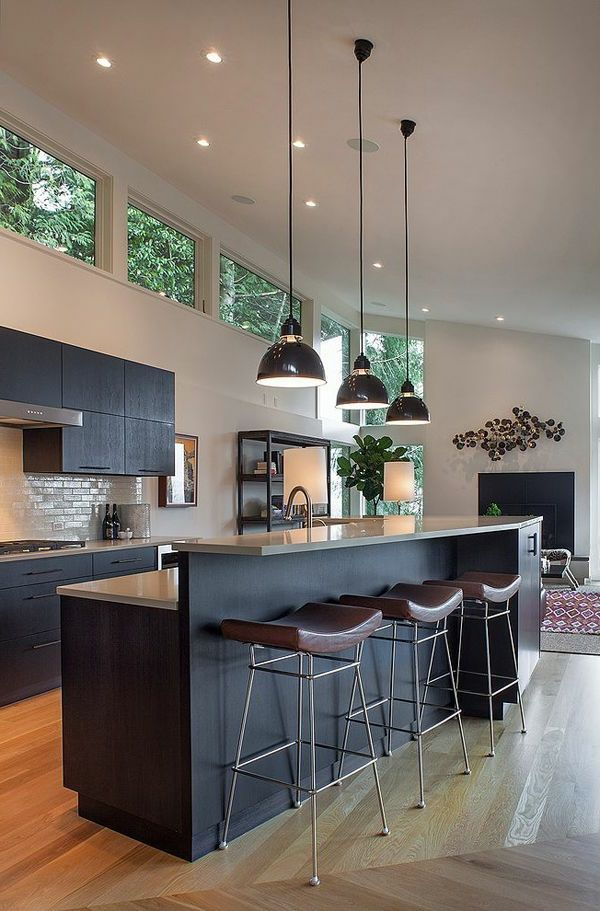 dunkelgraue k che wei e w nde holzfu boden pinteres. Black Bedroom Furniture Sets. Home Design Ideas