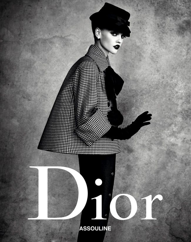 """Dior Fashion"" book cover. Collection ""Aventure"", Haute Couture SS 1948.    Foto Christian Dior Couture"