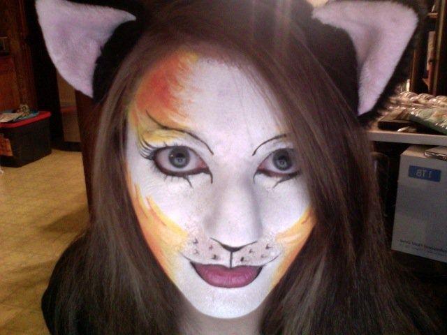 cat face paint | cat face paint-orange kitty | face paint ideas
