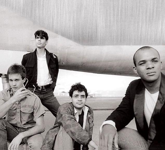 Bonfá (esq.), Dado, Renato Russo e Renato Rocha em Brasília no lançamento de 'Legião Urbana' (1985