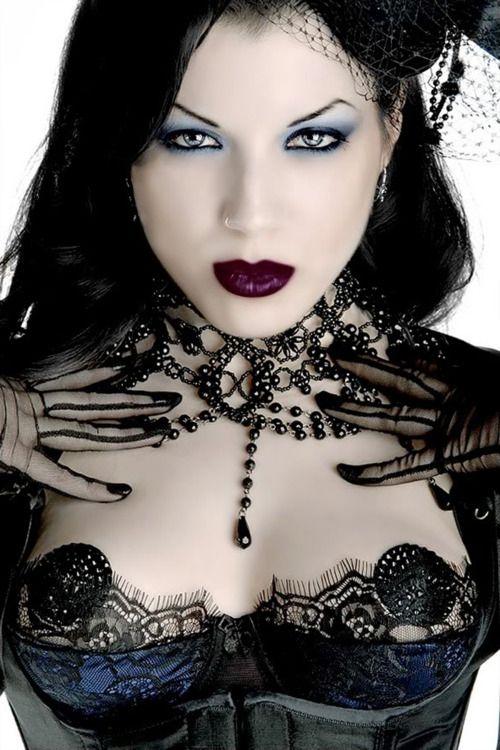 .: Gothic Beautiful, Goth Girls, Fashion Style, Dark Beautiful, Hair Makeup, Dark Lips, Lips Makeup, Gothic Steampunk, Gothic Fashion