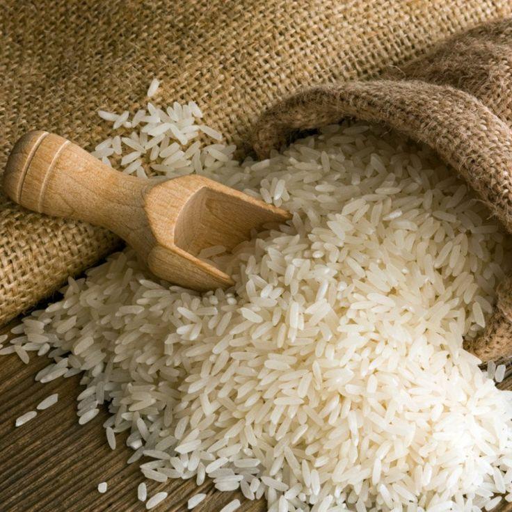 De fácil e rápida execução, utilizando apenas alguns simples materiais, veja como atrair mais dinheiro e prosperidade para sua vida através do ritual do arroz.