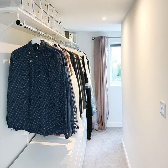 Walk In Wardrobe Dressing Room Area Bedroom Storage Rails ...