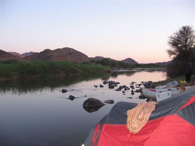 Sunset on the Orange River. Paddling with Esna and Aquatrails @esnatheron www.dirtyboots.co.za #dirtyboots #orangeriver #paddling