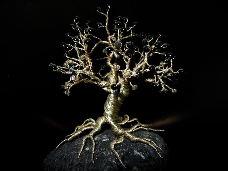 Wire Tree  •  Free tutorial with pictures on how to make a wire tree in under 180 minutes