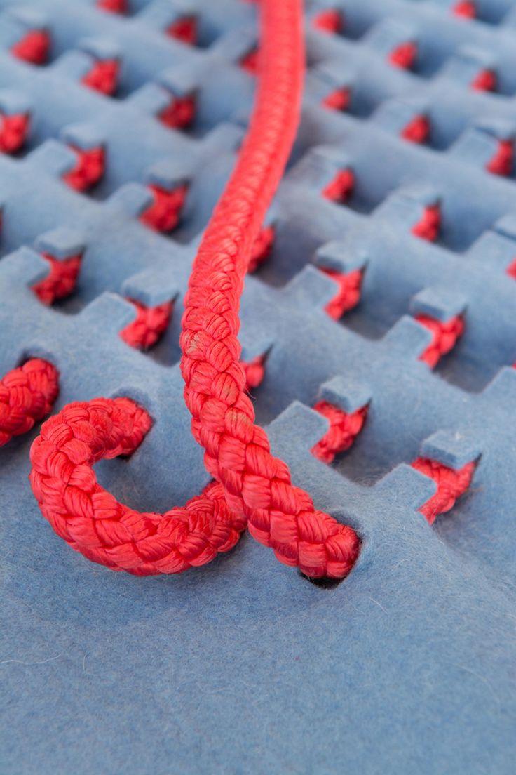 Robin Pleun – Waterproof Textile. Conceptrice de nouvelles matières pour la mode et la déco, Robin Pleun Maas est récemment diplômée de l'Académie de Design d'Eindhoven. Amoureuse…