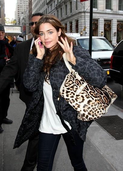 Celebs love leopard print!: Bag, Leopards, Celebs, Celebrities, Individuals Photos, Leopard Prints