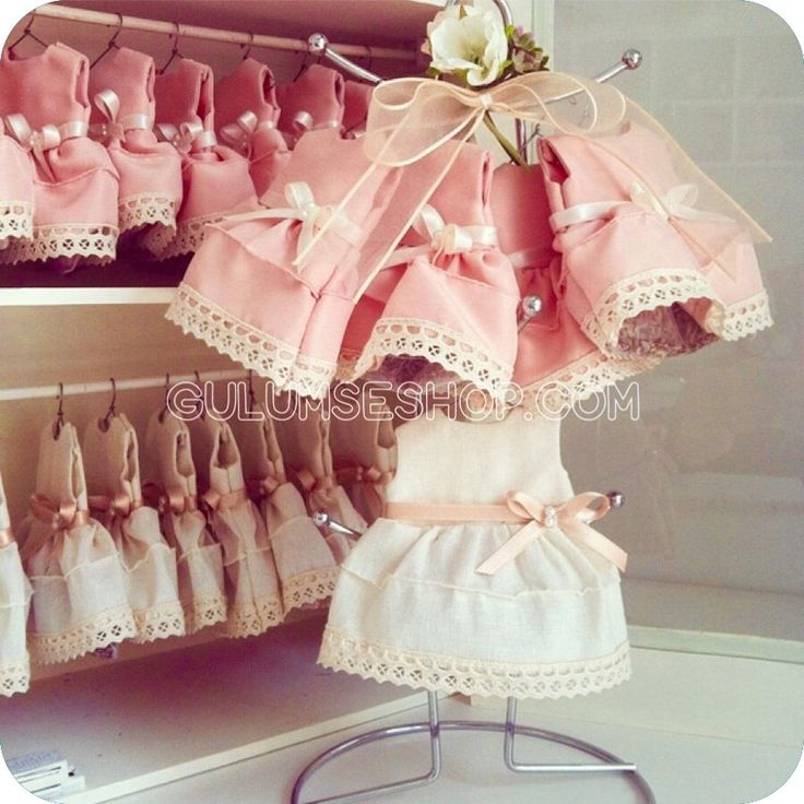 Minik lavantalı elbiseler. Baby shower