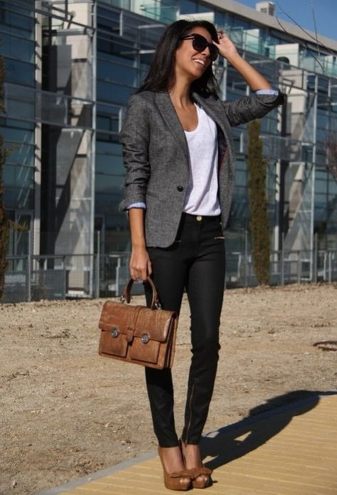Casual blazer outfit for women (112)