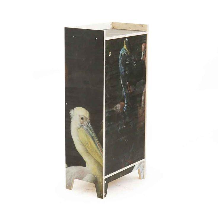 Autor: PIET HEIN EEK Gabinete de madera contrachapada - impreso 21% IVA incluido. MEDIDAS 56 x 35 x 121 cm...