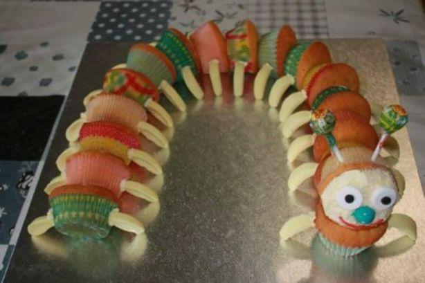 Cupcake Rups met banaantjes als poten