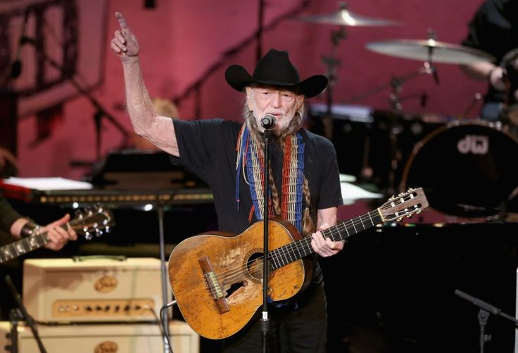 Willie Nelson, Old Crow Medicine Show Join Gregg Allman for Peach Fest