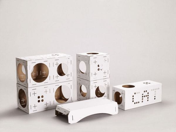 Become the architect of your cat's playhouse with BLOCKS.