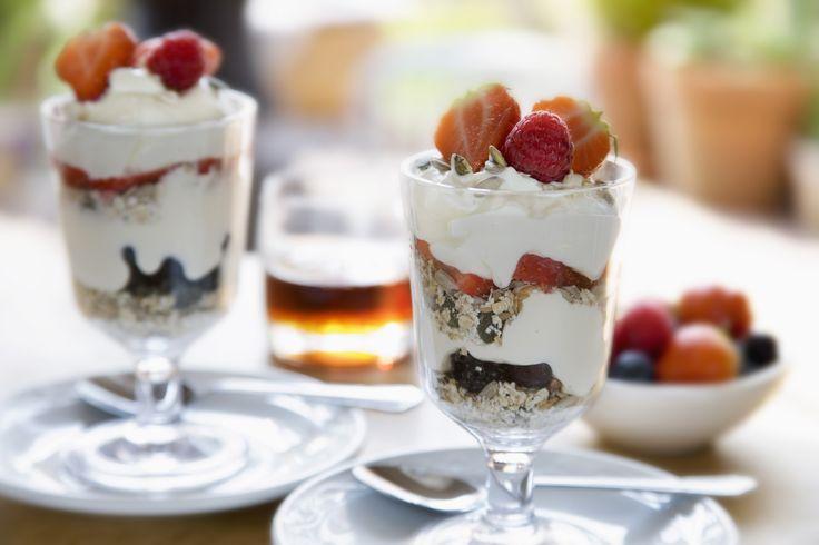 Heerlijk ontbijten met bananencake, yoghurtparfait of pannenkoeken en dat allemaal onder de 300 calorieën!