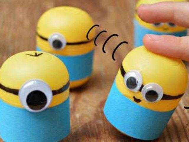 Minions con huevos kinder - AAcgkRu