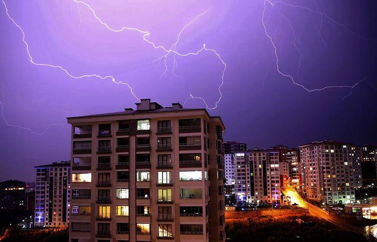 Trabzon'da Şimşekli Gece
