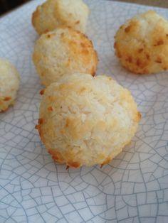 kokosmakronen suikervrij met eiwit,kokosrasp en honing