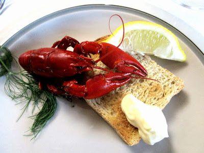 nannasalmi horsehair jewelry Toast, sour cream, chopped onion, drop of lemon - Bon appetit!