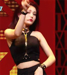 nhung-em-ut-kpop-so-huu-ve-sexy-vuot-troi-dan-chi-trong-nhom-3