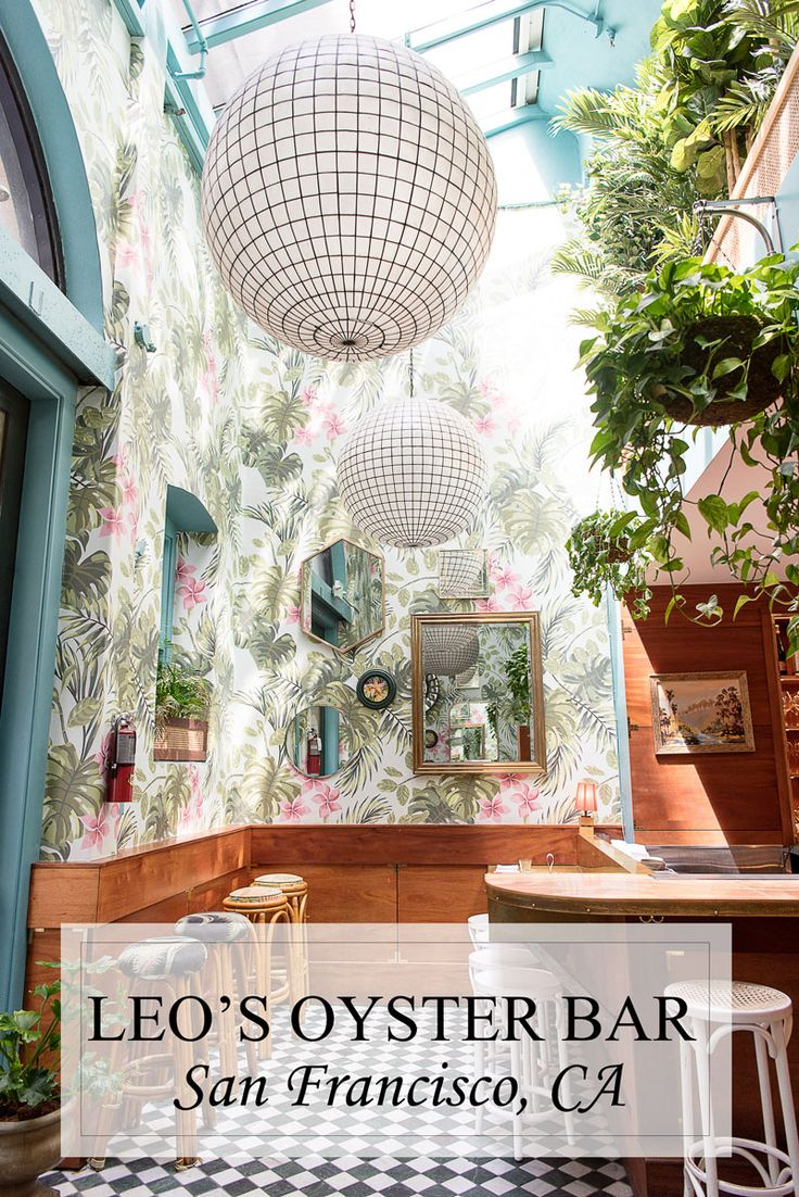 Leo's Oyster Bar might be the prettiest restaurant in San Francisco!