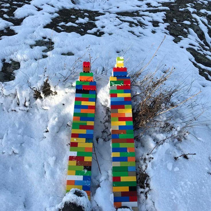 Snow in Tjockhult today.  First ever Duplo Lego skies?    Follow me on https://www.instagram.com/parentalleave/    #ski #skiing #freeride #offpist #blackpist #skidor #duplo #lego